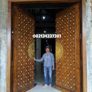 Pintu-replika-masjid-nabawi-ornamen