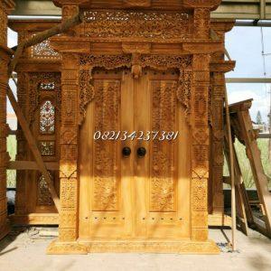 kusen-pintu-minimalis-gapura-relief