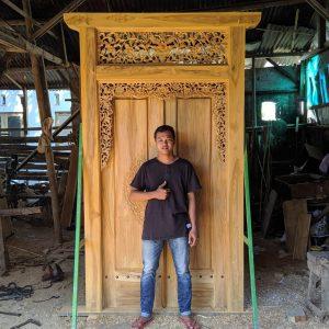 pintu-gapura-gebyok-minimalis-Cirebon