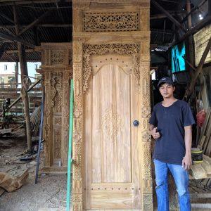 pintu-kamar-gebyok-ukir-1