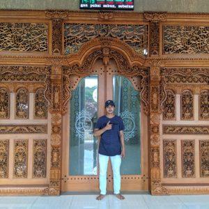 gebyok-masjid-kaligrafi