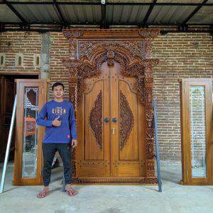 pintu-ukir